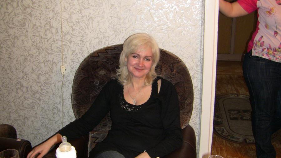 Богатые женщины знакомства саратов
